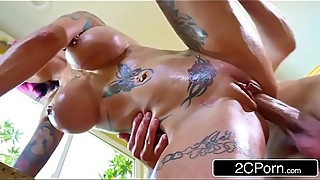 Anna Bell Peaks Needs Her Pipes Cleaned
