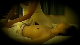 Real asian wife  massage creampie by masseur voyeurism part.1