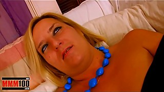 Fat Milf fucked hard in every holes by 2 guys and squirting
