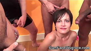 Cute brunette housewife gets her mouth